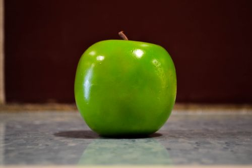 juicy green apple